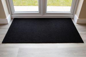 black-brush-matting-135mm