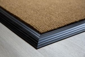 natural-brush-matting-135mm-with-rubber-edge