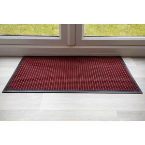 throw-down-heavy-duty-matting-hard-wearing-colour-red-standard-sizing-150-cm-x-85cm