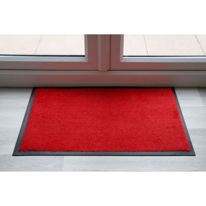 Scarlet Red Throw Down Matting 9 cm 150 cm X 85 mm