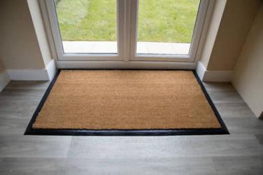 Tailor-made entrance matting